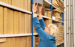 Arvokasta puuhuollon kehityshistoriaa digitoidaan